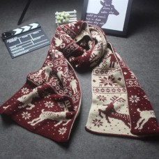 Двусторонний шарф с оленями