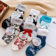 Шерстяные новогодние носочки
