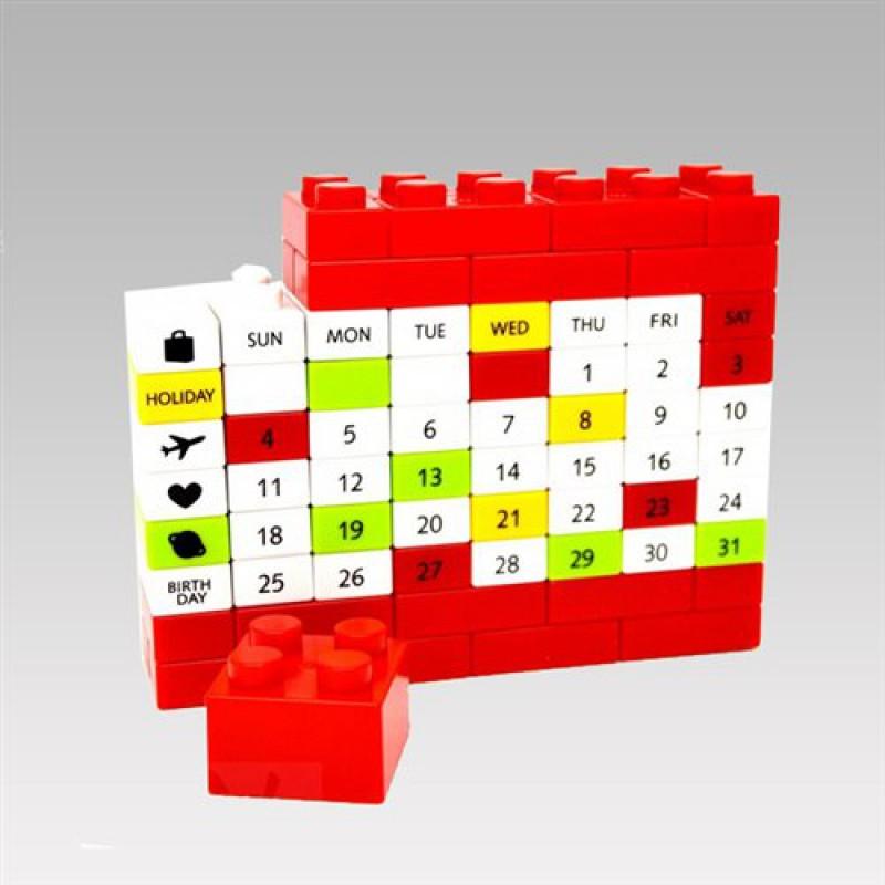 """Вечный календарь """"Лего"""""""